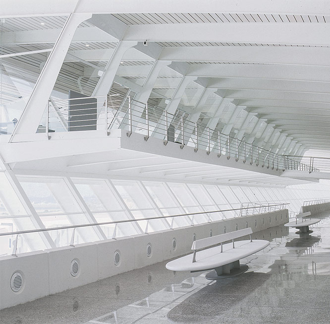 2000.- Loiu Airport with Calatrava